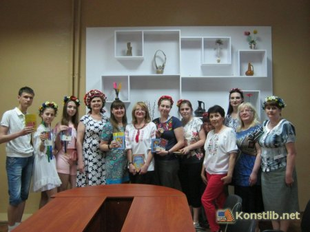 УРА!  КАНІКУЛИ на Безкоштовних курсах української мови